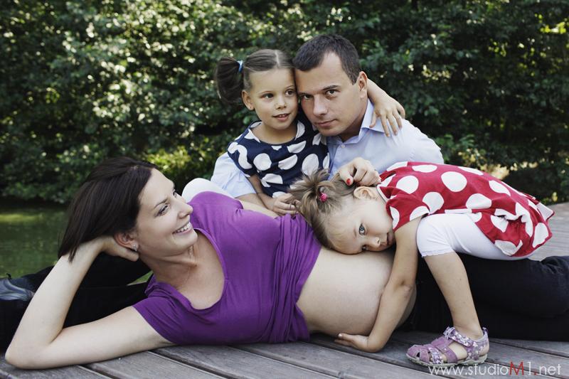 Studio M1; fotografia rodzinna Opole, zdjęcia dzieci i ciążowe